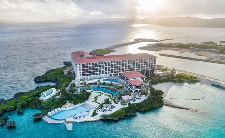 ダイバーズウォッチとビーチリゾートのコラボレーション。「ファーブル・ルーバ」がビーチリゾートホテル 「ハイアット リージェンシー 瀬良垣アイランド 沖縄」にて取扱い開始