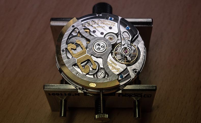 ドイツの伝統と革新性が結合した希有な時計ブランド グラスヒュッテ・オリジナル マニュファクトリー体験記